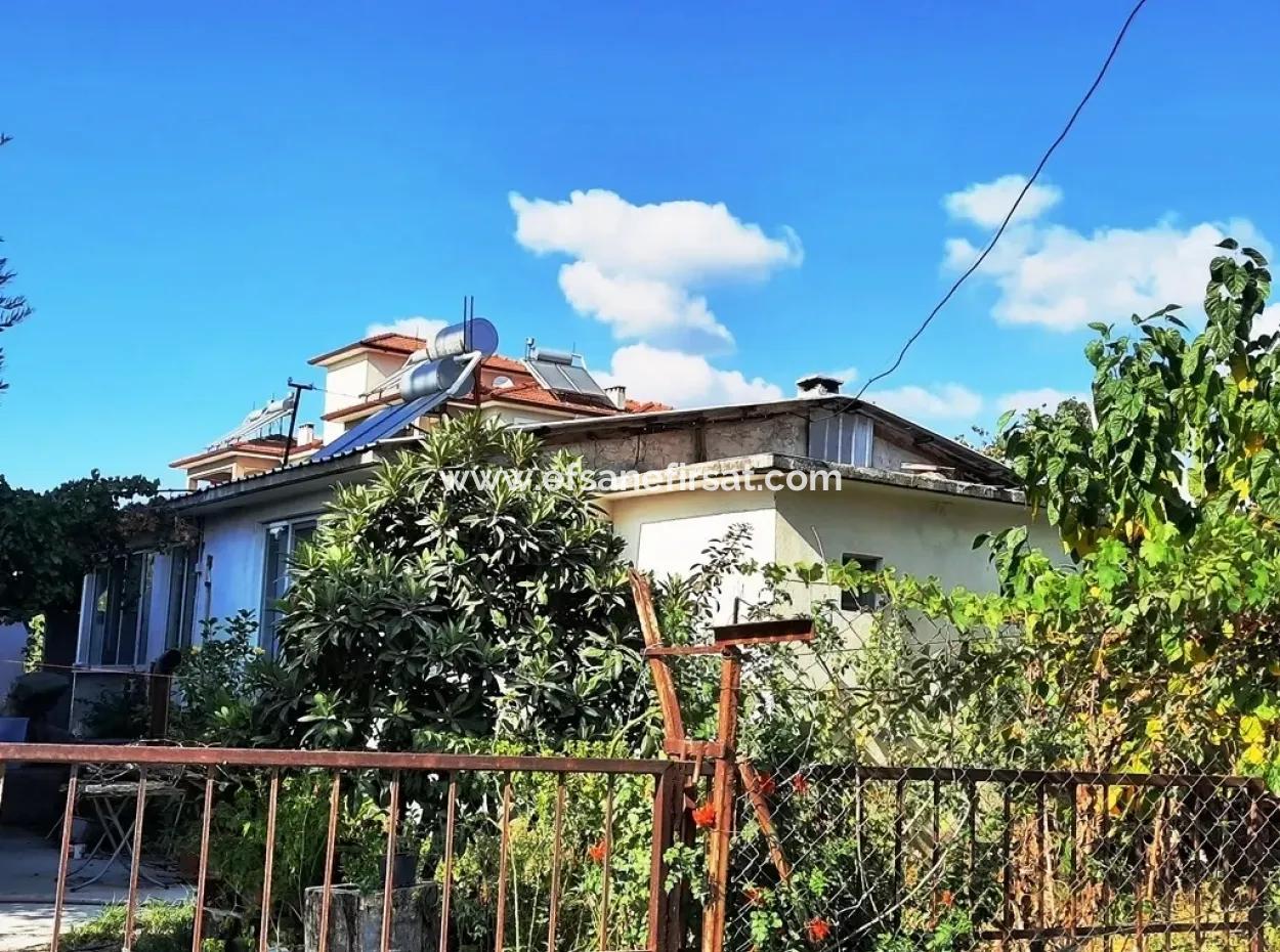Ortaca Cumhuriyet Mah. De Satılık 512 M2 Arsada 2+1 Tek Katlı Ev